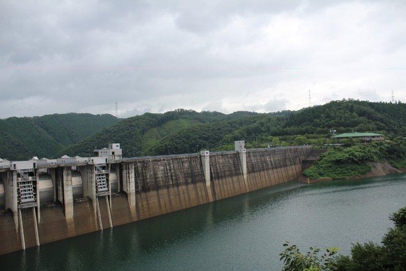 日吉ダム・天若湖