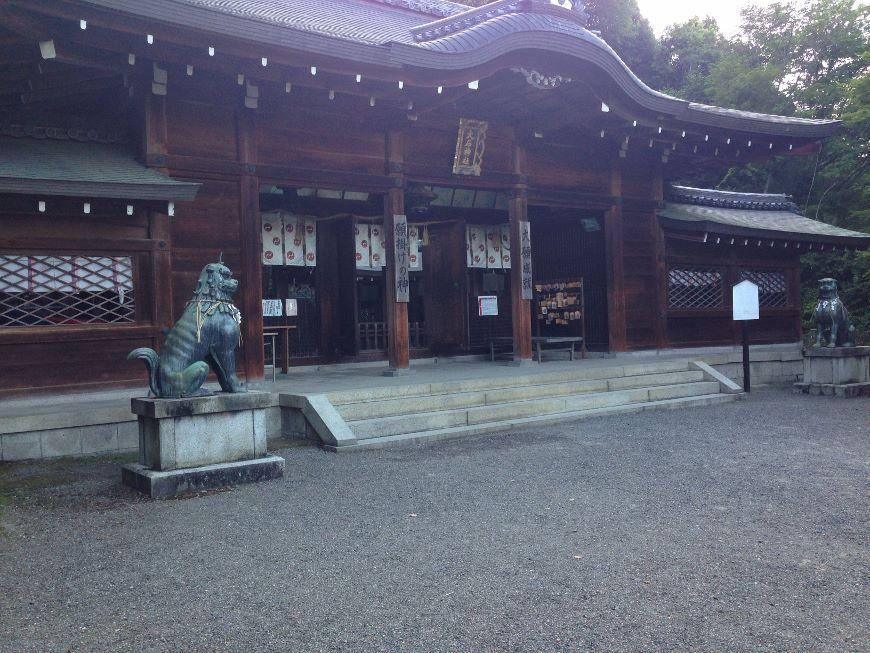 大石神社本殿2